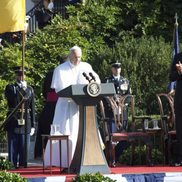What Sort of Person Do I Want To Be?: A Virtue Ethics Analysis of Pope Francis in the United States – Annie Selak