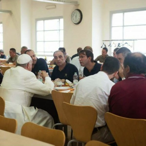 """Are Conservatives In Their Pushback Against Pope Francis The New """"Cafeteria Catholics""""?"""