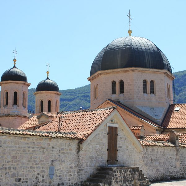 Church and State in Montenegro: between National(istic) and Imperial Policies